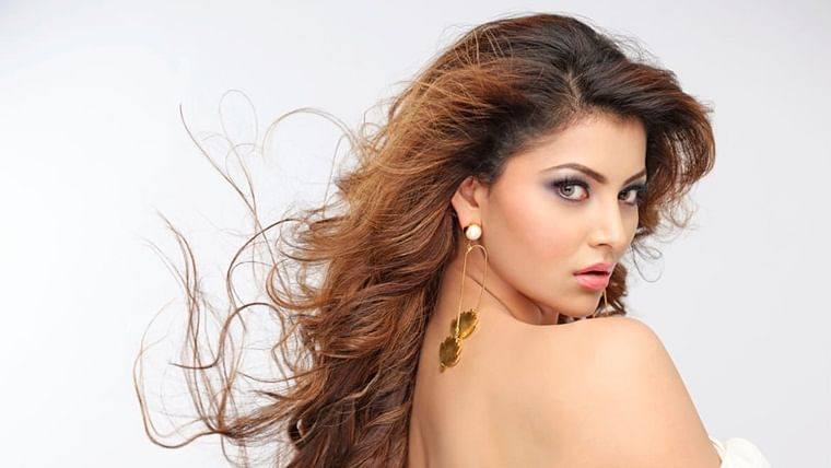 Urvashi Rautela could buy a flat in Mumbai with NYE paycheque
