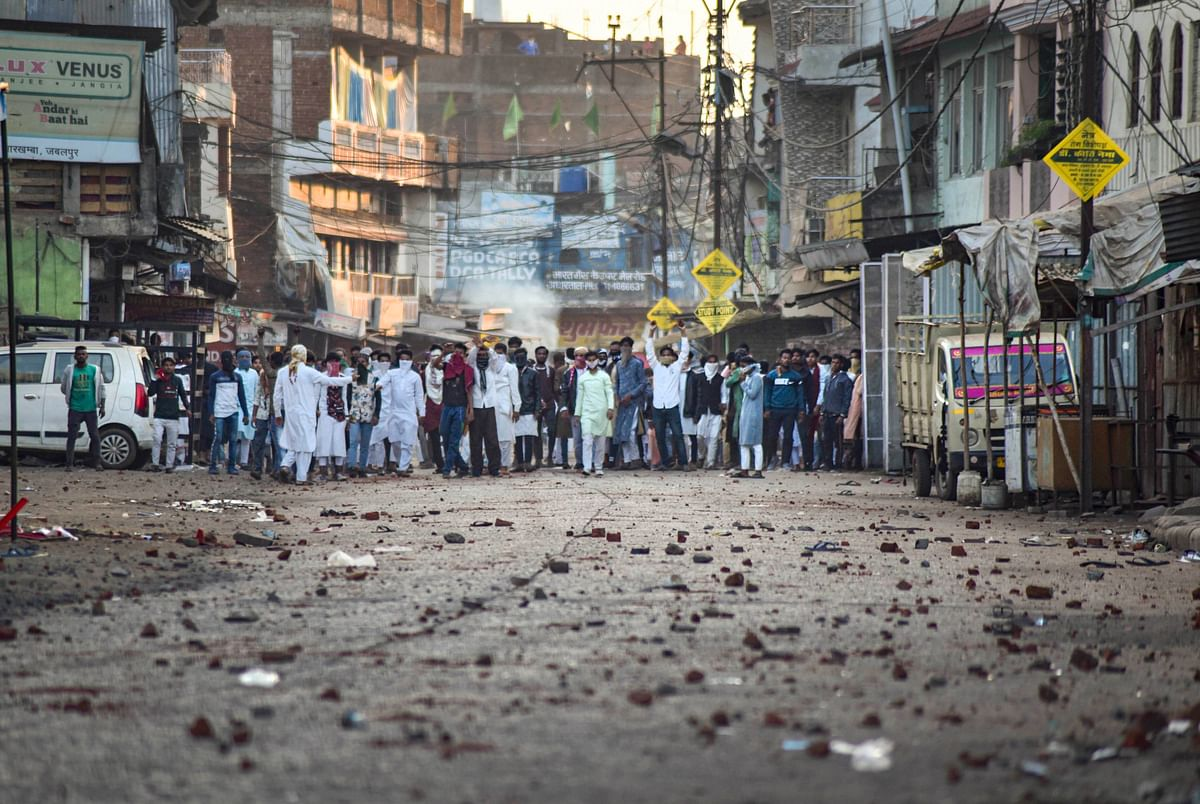 Protest turns violent in Jabalpur, curfew in four police stations