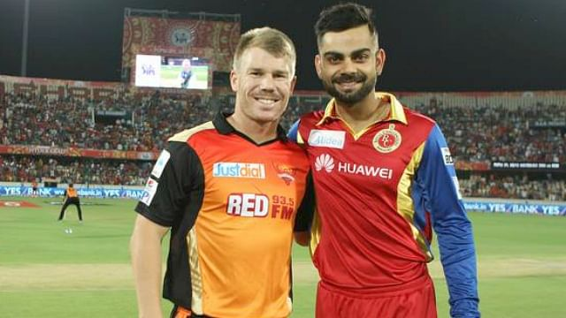 When David Warner bowled to 'Virat Kohli'