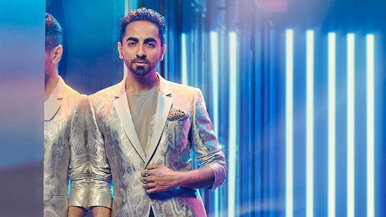 'Bimaar padh sakte ho': Ayushmann's mom isn't impressed with his wet-hair look