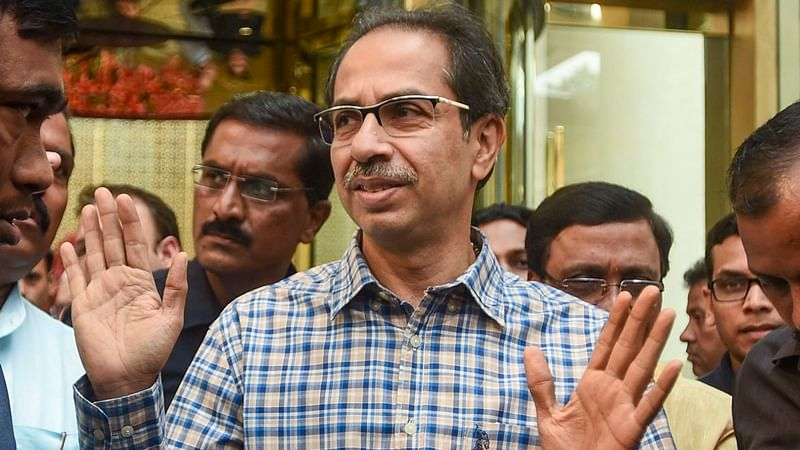 Maharashtra: Upset over Uddhav Thackeray's move, 400 Shiv Sena workers join BJP