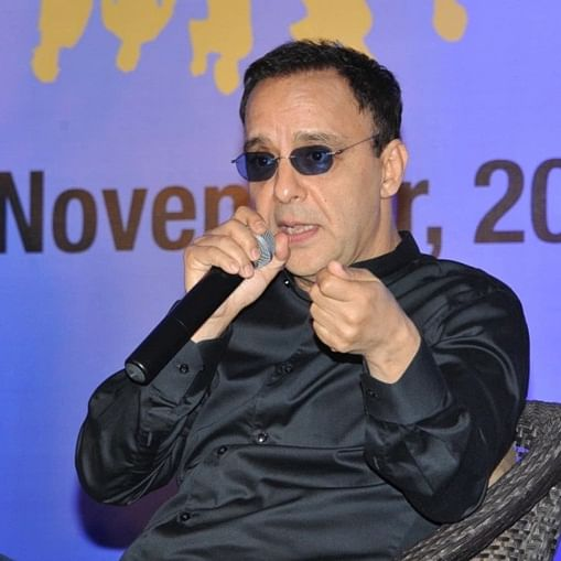 Vidhu Vinod Chopra compares exodus of Kashmiri Pandits to fallout between two friends, Twitter calls it 'pukeworthy'
