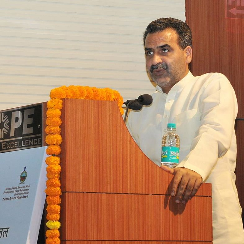 'Another BJP gem': Twitter trolls Union Minister Sanjeev Balyan for 'threatening' JNU, Jamia students