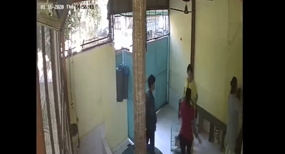 Watch: Naseeruddin Shah's daughter Heeba Shah assaults employees at vet clinic; police register non-cognisable offence