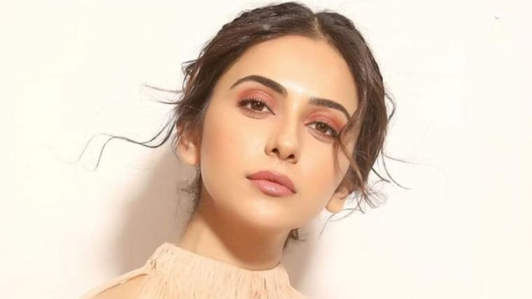 Rakul Preet Singh called out for eating 'ghee' while claiming to be vegan