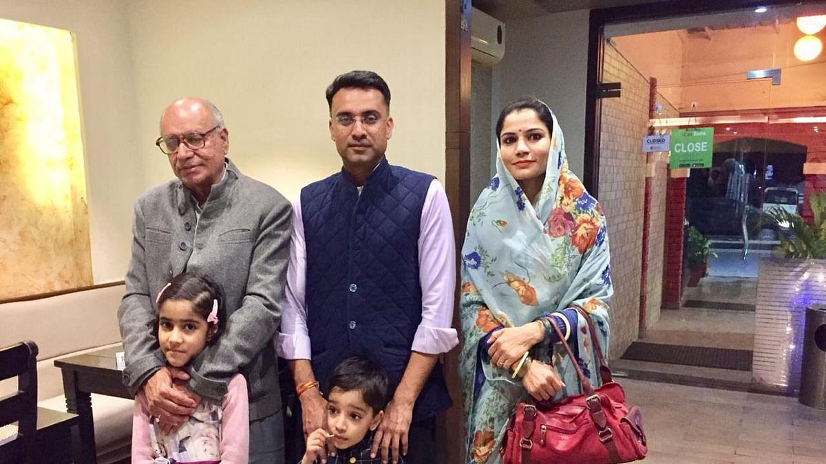 Nita Kanwar Sodha along with her family