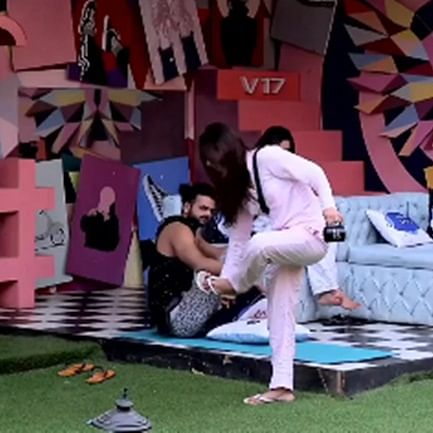 Bigg Boss 13: Vishal and Madhurima's fight takes an ugly turn