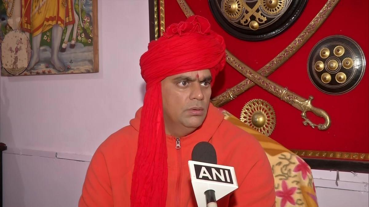 Akhil Bhartiya Hindu Mahasabha President Swami Chakrapani