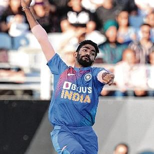 India look to further clip the Kiwis' wings