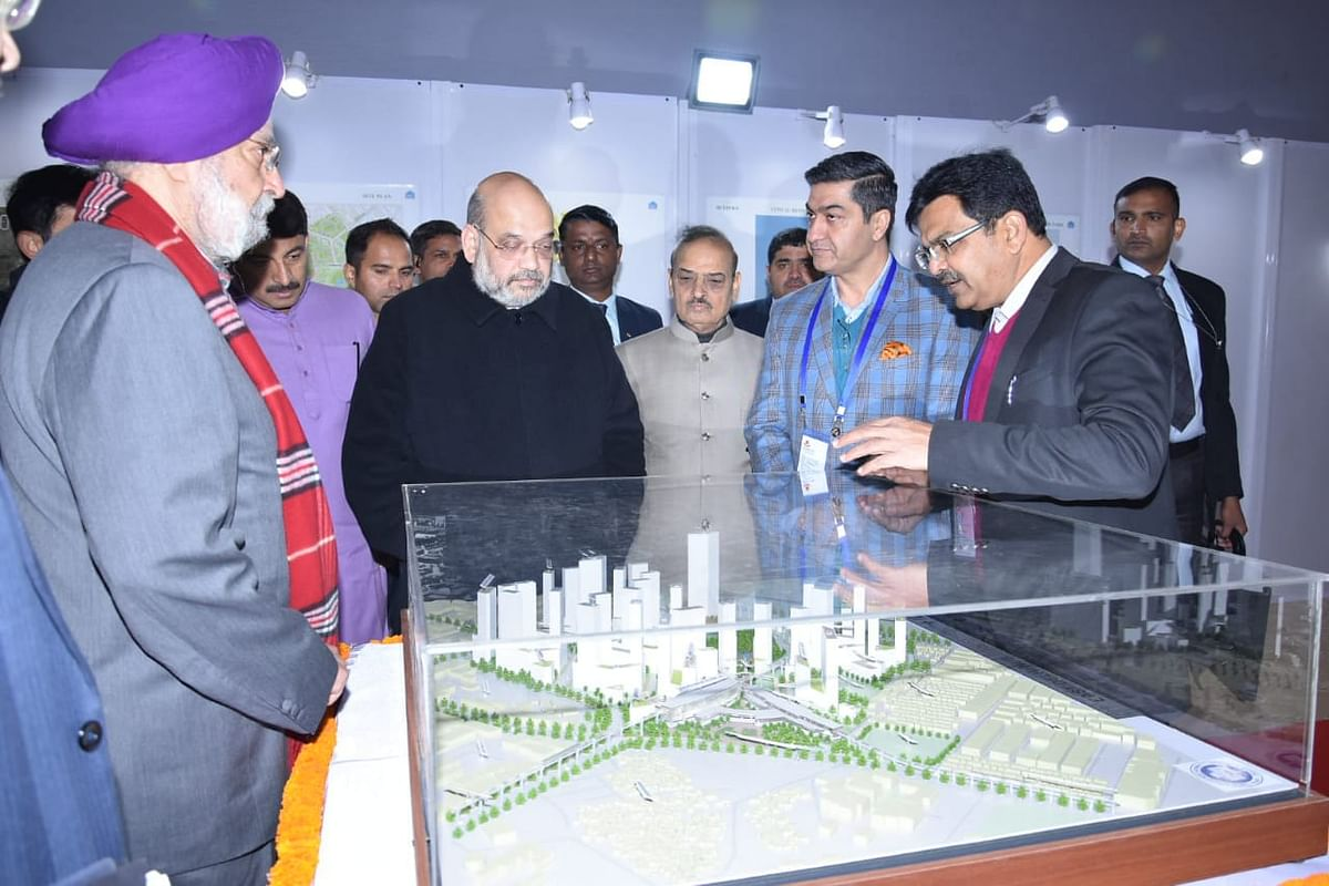 Union Minister laid foundation stone of East Delhi Hub Proj