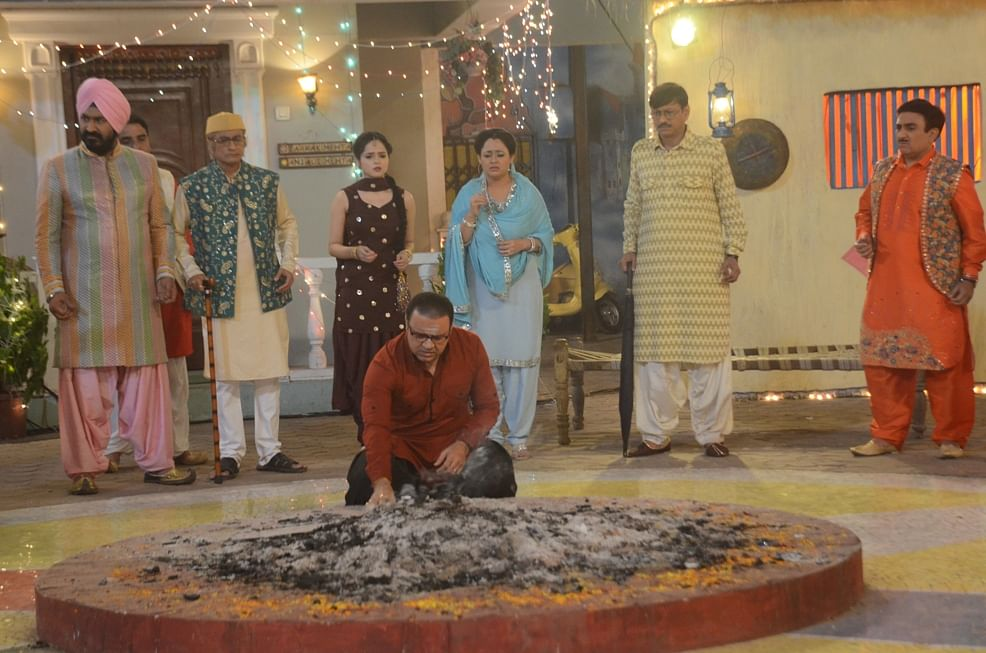 Taarak Mehta ka Ooltah Chashmah: Jethaa Lal dismantles Bhide's ancestral almirah for Lohri bonfire