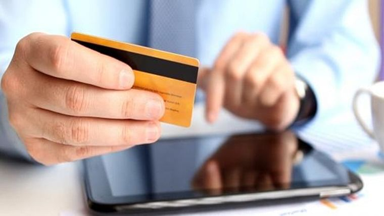 Prabhadevi accountant loses Rs 42K to fraudster for contactless debit card activation