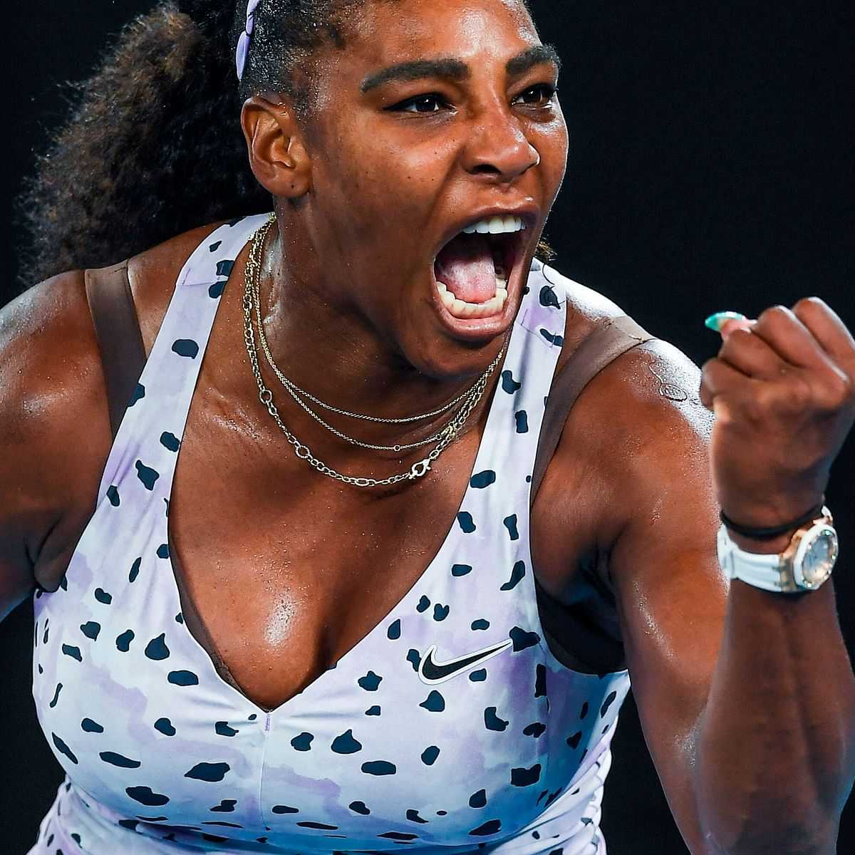 Below-par Serena fends off Zidansek to reach Melbourne third round