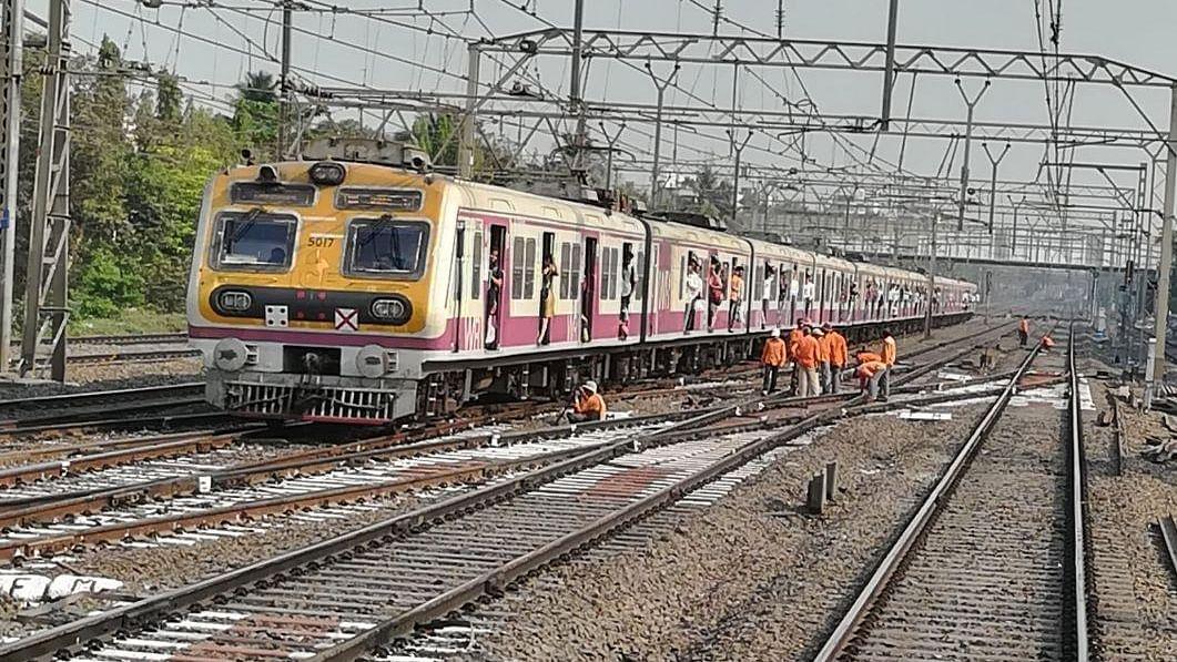 Mumbai local train update: Mega block on Harbour line on March 15