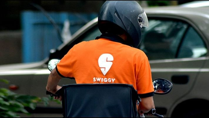 Govt joins hands with Swiggy to take street food vendors online under PM Svanidhi Scheme