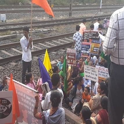 Bahujan Kranti Morcha stage rail roko at Kanjurmarg station while protesting against CAA, NRC