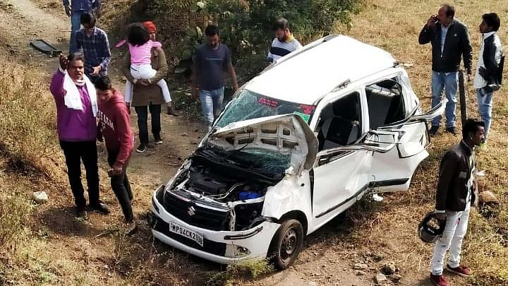Bhopal: Two of family killed, 3 injured in road mishap