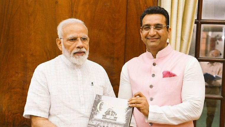'To what level can BJP and their stooges stoop?': Twitter lashes out at Gaurav Bhatia for sharing Shaheen Baug meme
