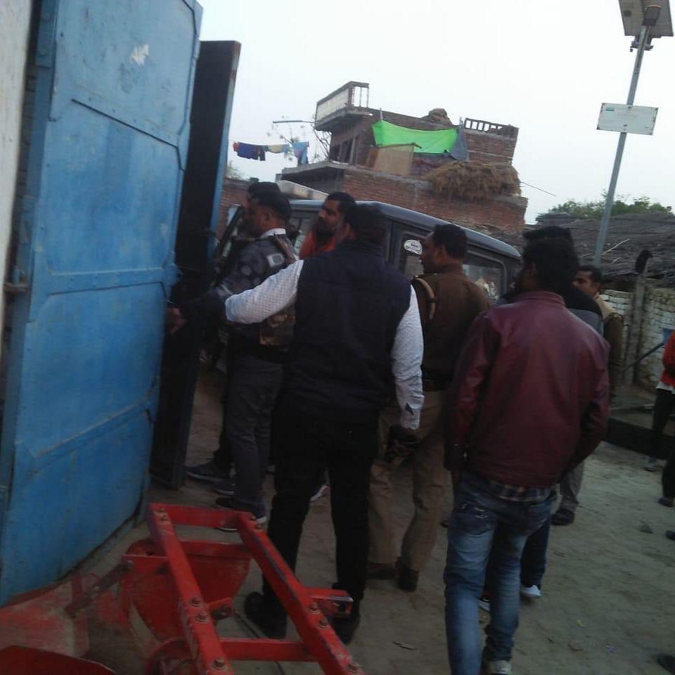 Uttar Pradesh: Man holds 20 children, hostage after inviting them for birthday
