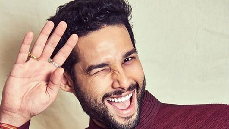 Siddhant Chaturvedi calls himself a 'bomb' as he sets internet on fire with shirtless pic