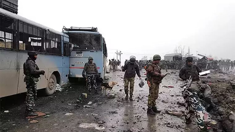 Jaish Kashmir chief Qari Yasir who supervised Pulwama attack killed in an encounter