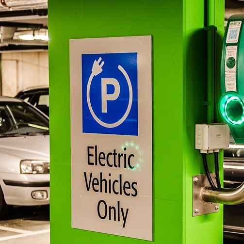 BMC to soon setup charging station for e-vehicles at parking lot in South Mumbai