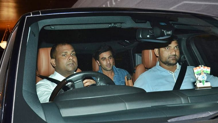 Ranbir Kapoor's swanky Range Rover comes with a heavy price tag