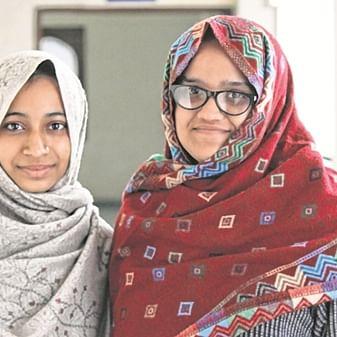 Jamia 'sheroes' protest with Mumbai students