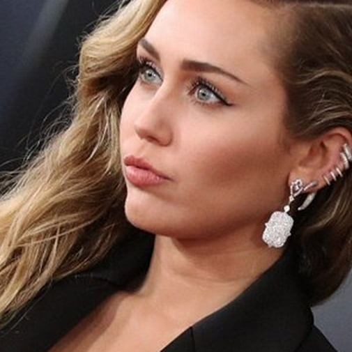Miley Cyrus reveals she took the 'sober' route after vocal surgery