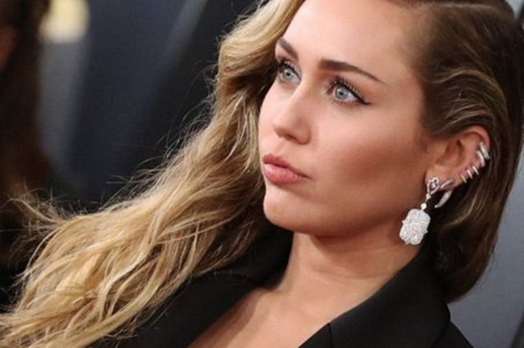 Miley Cyrus not invited to Grammys over her love for cannabis