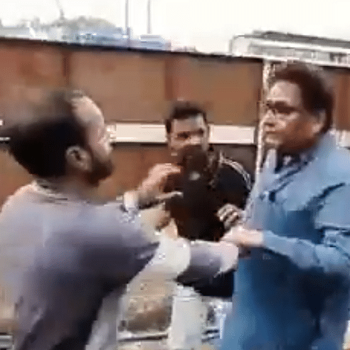 Minister Nawab Malik's brother beats labourers, video viral