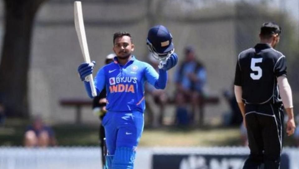 Prithvi Shaw slammed a 100-ball 150 in India A's 12-run victory over New Zealand XI.