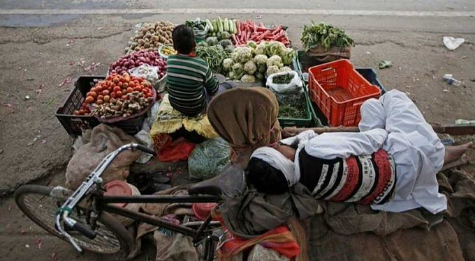 'High inflation to complicate growth issues': Analysts