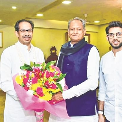 Rajasthan CM Ashok Gehlot Meets Uddhav Thackeray at Matoshree