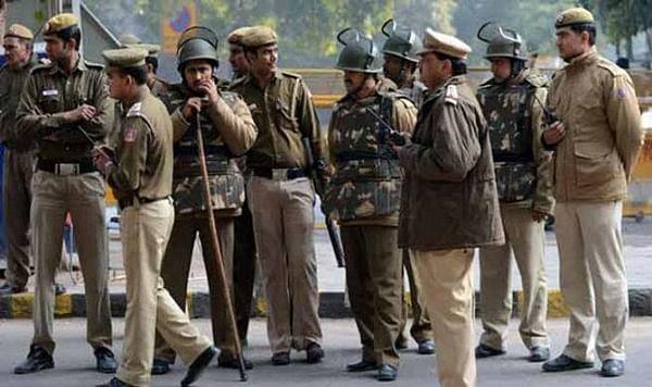 Anti-terror squad arrest suspected Pak ISI agent in Varanasi