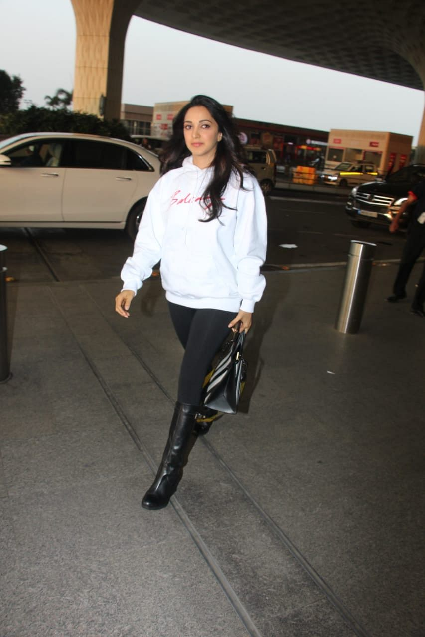 Kiara Advani at the airport