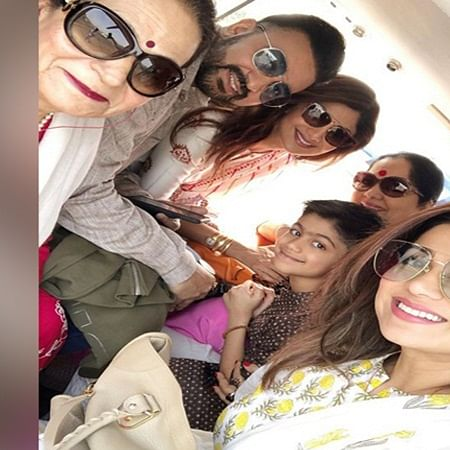 Shilpa Shetty visits Shirdi temple along with family