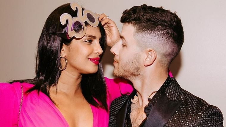 Nick Jonas shares adorable pics with wife Priyanka Chopra as he wishes New Year to fans