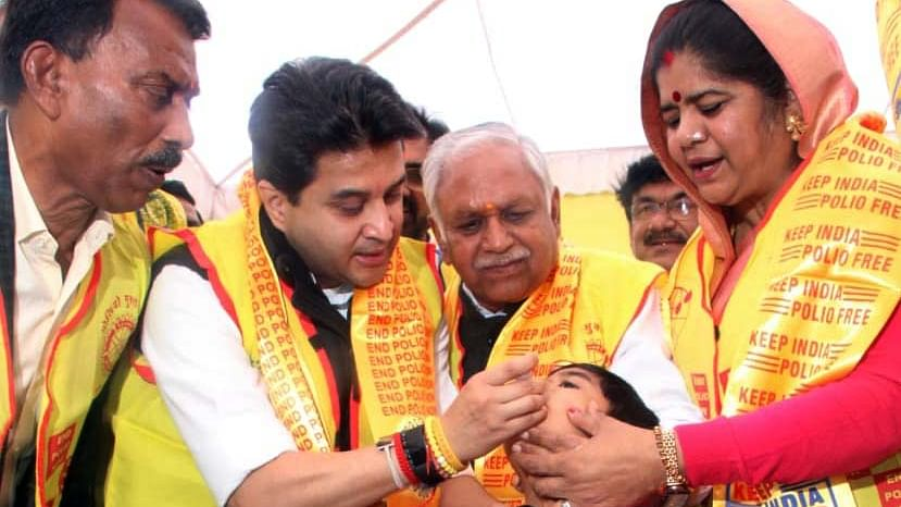Bhopal: Pulse polio vaccination drive launched, to cover 1.11 cr kids in MP