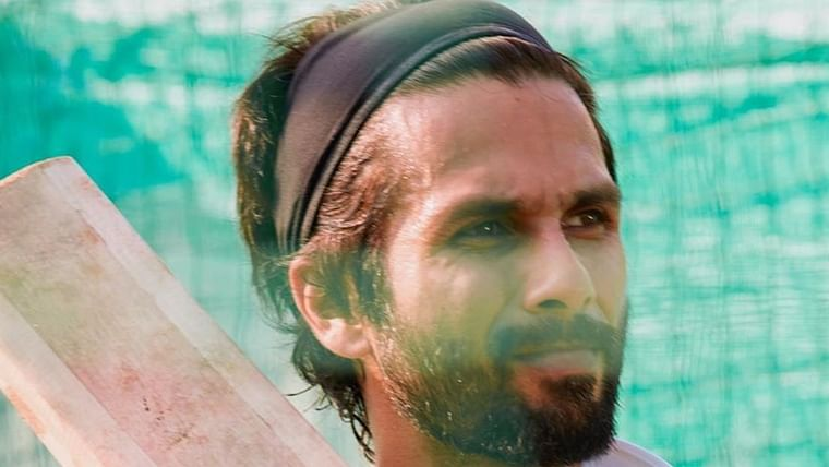Shahid Kapoor injured after his lower lip gets hit by a ball while shooting for 'Jersey'