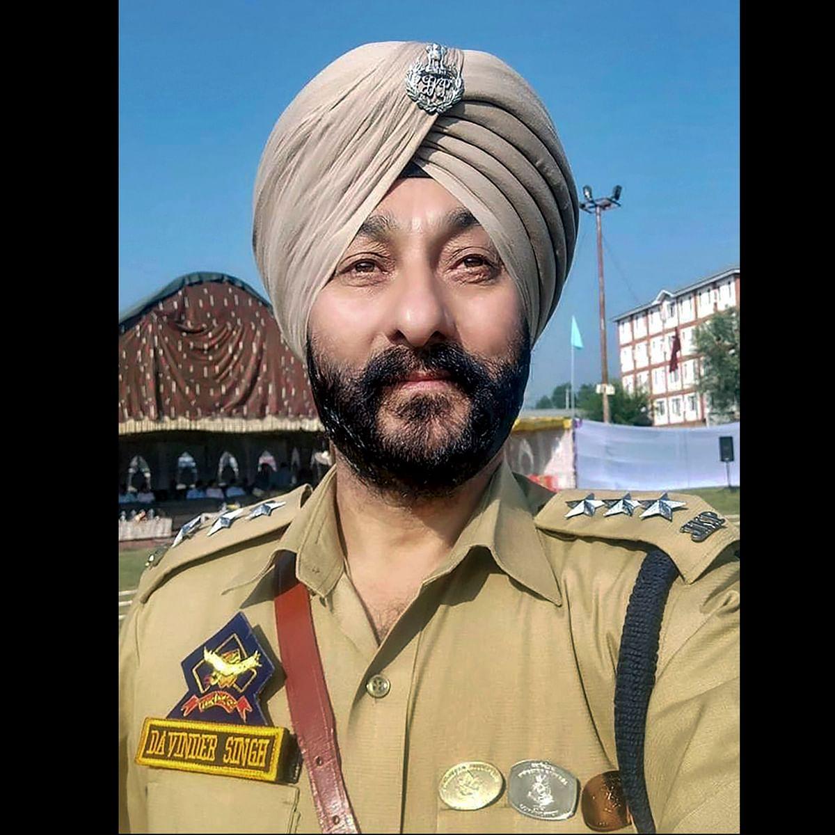 Arrested J&K DSP Davinder Singh suspended, had sheltered terrorists at his residence