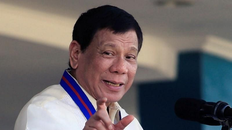Philippines government orders mandatory evacuation of Filipinos workers from Iraq