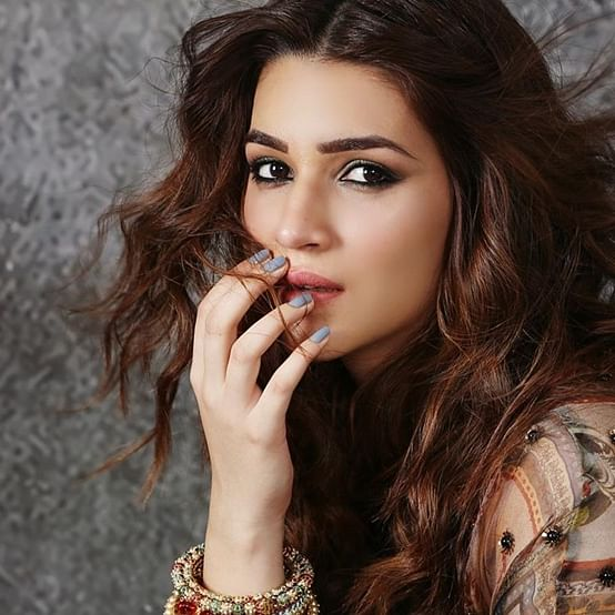 Kriti Sanon puts on 15 kgs for 'Mimi', see before and after pic