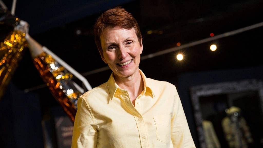 """""""Aliens exist,"""" says British astronaut"""