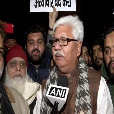 Anti-CAA protest: Delhi Police issues notice to Ex-Congress MLA Asif Mohammed Khan