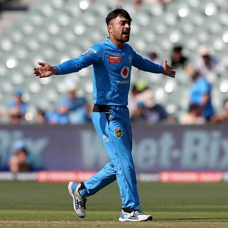 Watch Video: Rashid Khan emulates MS Dhoni's iconic helicopter shot in BBL match