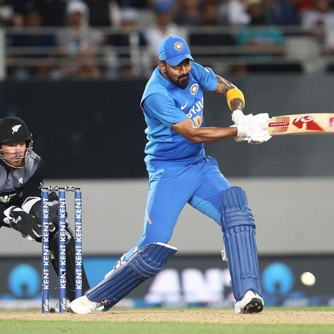 KL Rahul powers India to seven-wicket win over New Zealand in second T20I