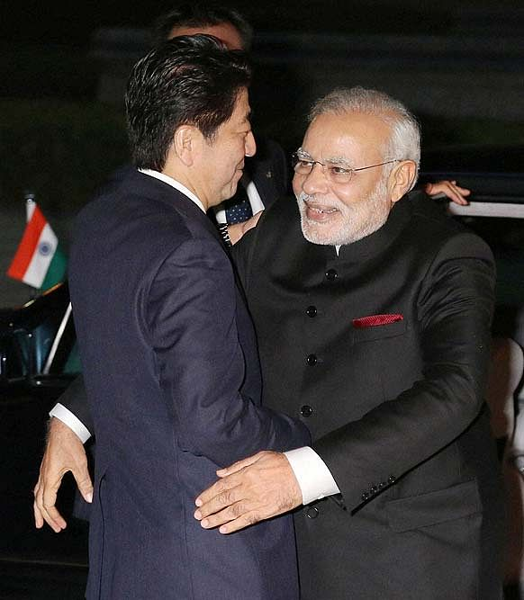 Prime Minister Narendra Modi being welcomed by Shinzo Abe upon arrival in Kyoto.