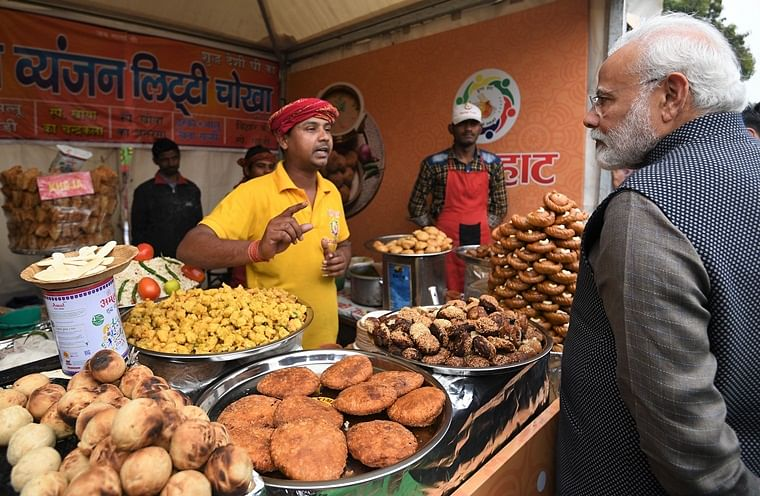 PM Modi makes surprise visit to 'Hunar Haat' at Rajpath; relishes 'litti-chokha'