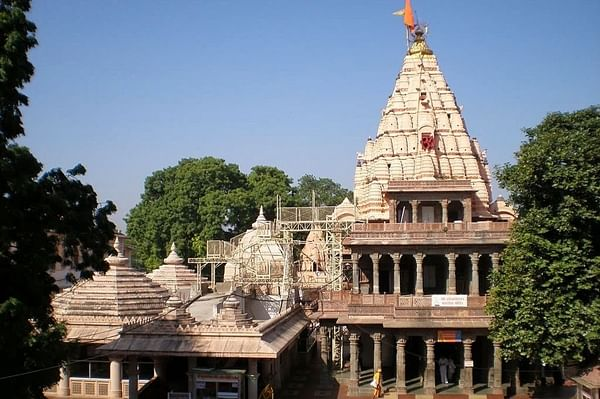 Ujjain: Soil of Mahakal temple and holy ash sent to Ayodhya for the next month's 'Bhoomi pujan': VHP